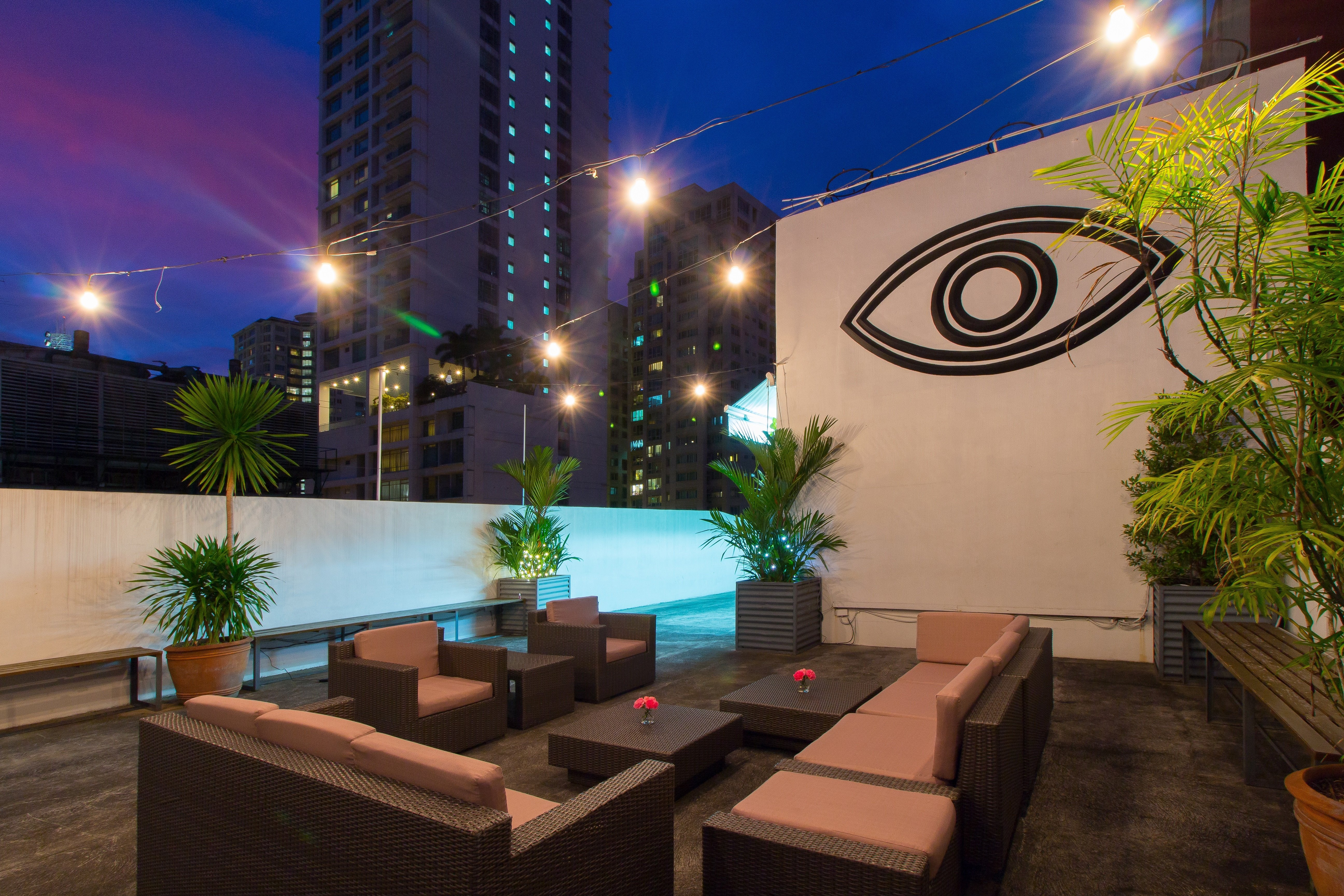 picasso hotel rooftop, manila