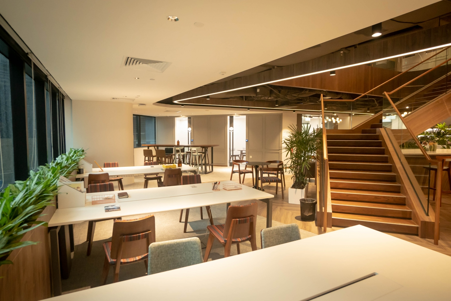 FlySpaces Distrii Singapore coworking space