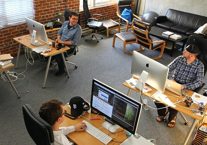 startup-office-e1366912862597-min.jpg